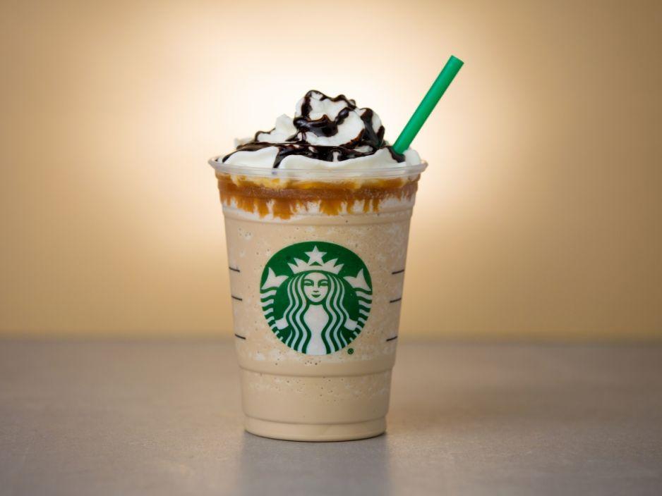 Waralaba Starbucks Akan Hentikan Penggunaan Sedotan Plastik